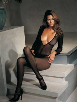 Long Sleeved Fishnet Bodystocking: Black